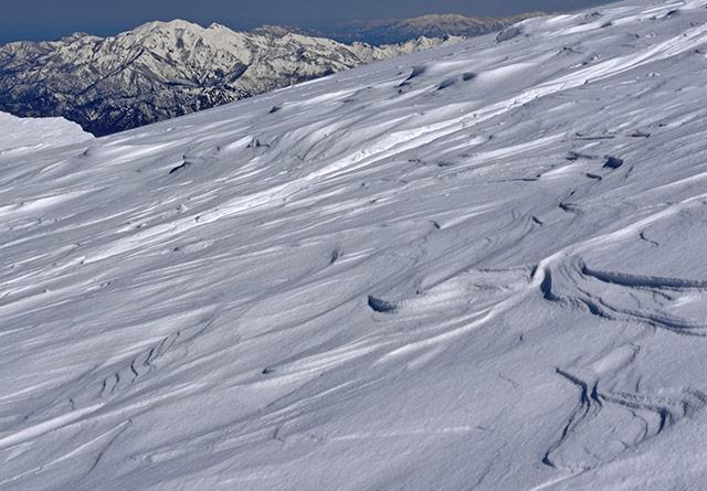 雪山の雪紋