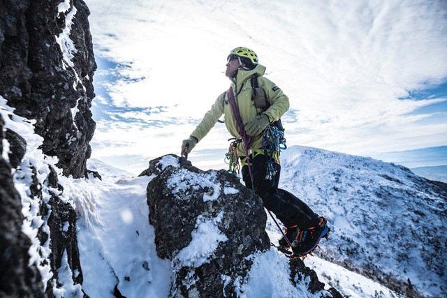 登山用のクランポンとは?種類や選び方、装着方法を詳しくチェック!